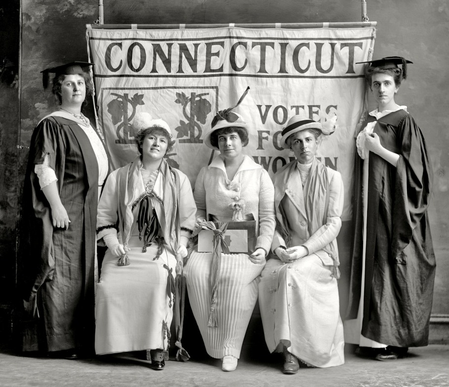 Connecticut Suffragists Including the Valley